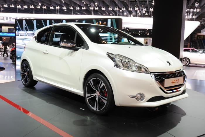 208 gti limited edition available in may peugeot 208 forums. Black Bedroom Furniture Sets. Home Design Ideas